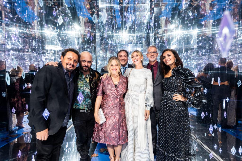 I registi di Frozen 2 e le voci italiane nella crystal room sul red carpet del film a Roma.