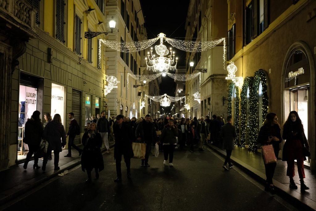 Il 23 novembre 2019 tornano le Cartoon Christmas Lights, le speciali luminarie natalizie a Roma dedicate ai personaggi di Cartoon Network e Boomerang.
