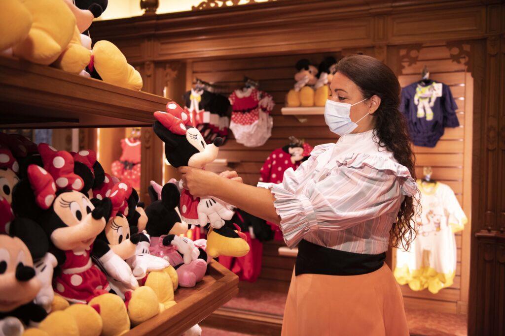 Disneyland Paris misure di sicurezza: ecco le regole da rispettare dal 15 luglio 2020.