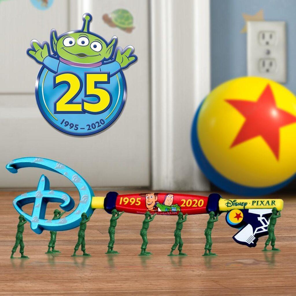 La nuova chiave di Toy Story disponibile il 7 agosto su shopDisney.it.