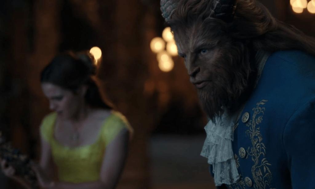 La scena de La Bella e la Bestia (2017) in cui Bestia dice addio a Belle.