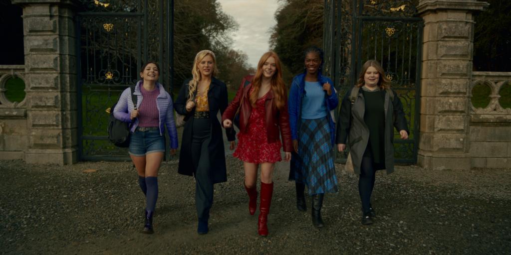 Le prime immagini di Fate: The Winx Saga, la serie Netflix ispirata a Winx Club.